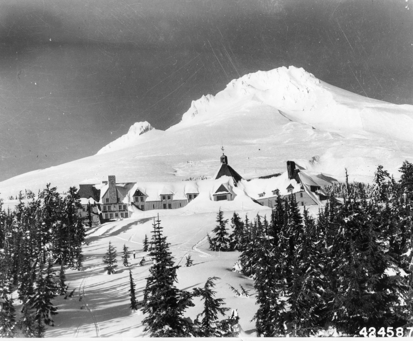 Mt._Hood_and_Timberline_Lodge,_1943