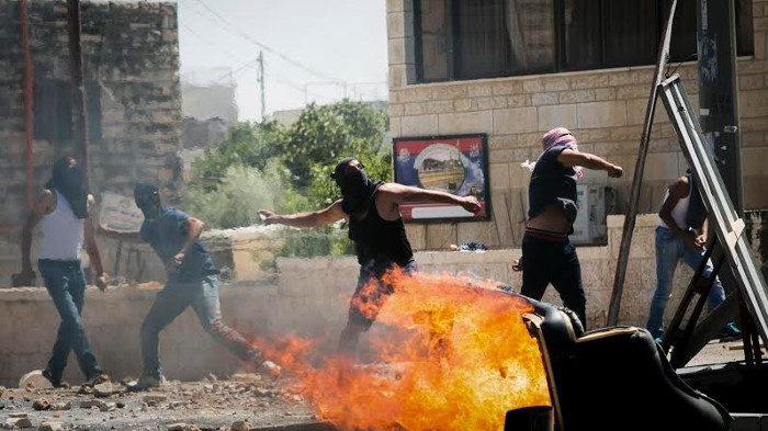 palestinian-teen-killed-in-jerusalem-sparks-clashes-1404314667